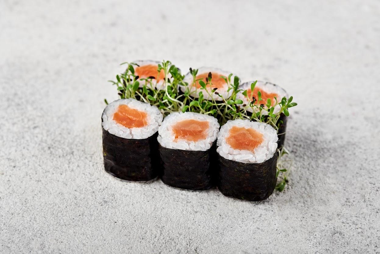 Image / Макі з копченим лососем