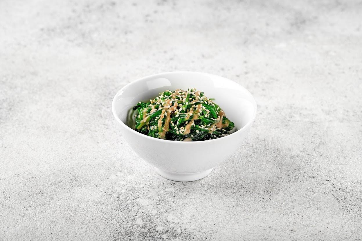 Image / Салат чука з кунжутно-горіховим соусом